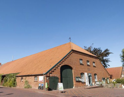 Museum Nationalpark Haus Wadden Sea in old gulf farmhouse, Greetsiel, Lower Saxony, Germany